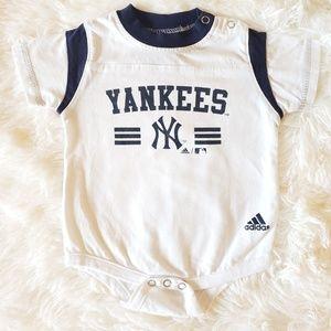 Washed never worn Yankees onsie